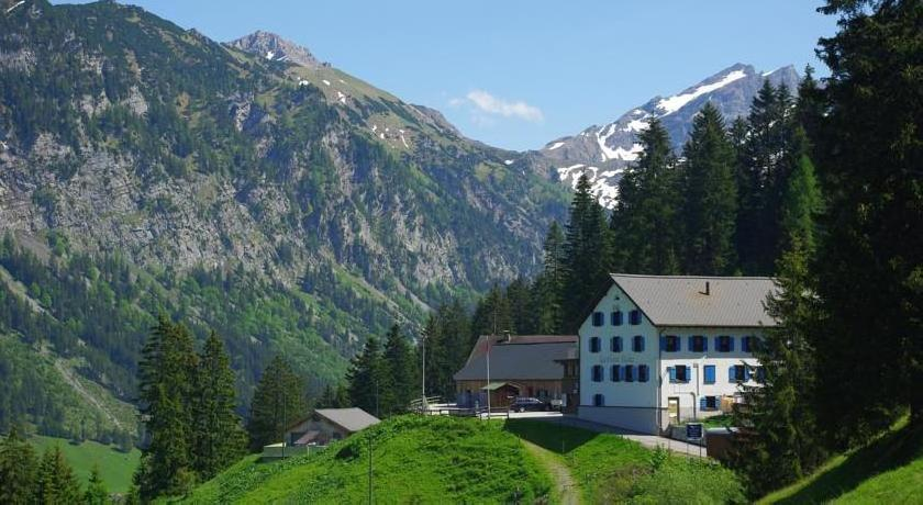 Berggasthaus Sücka, トリーゼン...