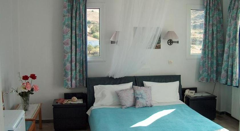 Akti Hotel & Apartments
