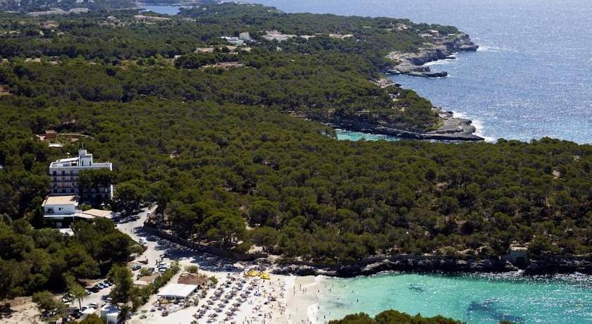 Hotel Playa Mondragó