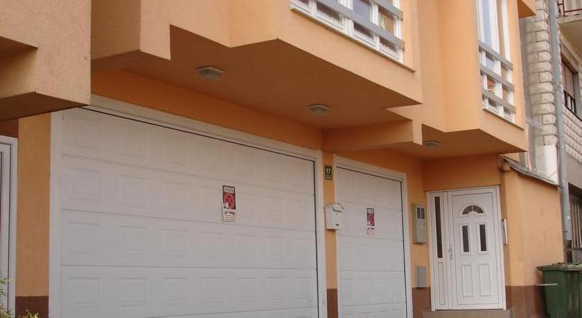 Apartments Kira