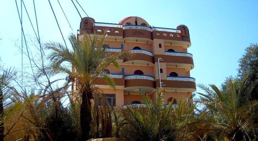 Bedouin Castle Hotel & Safari