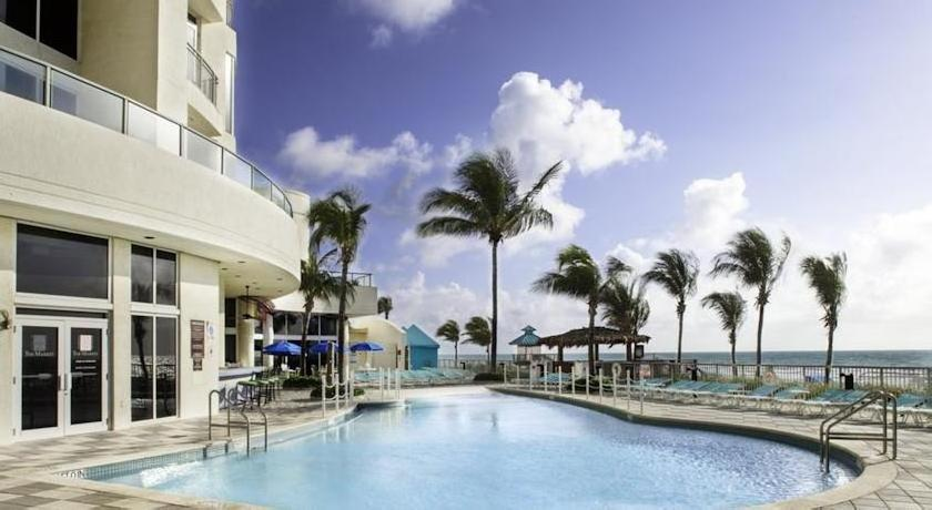 DoubleTree by Hilton Ocean Point Resort & Spa Sunny Isles