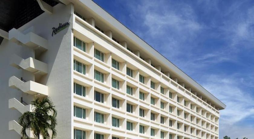 Radisson Hotel Brunei Darussalam