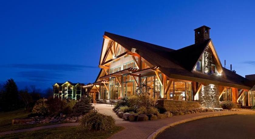 Crowne Plaza Hotel Lake Placid-Golf Club