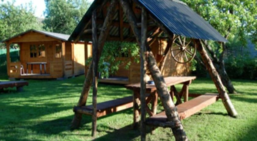 Karjamaa Campingmajad