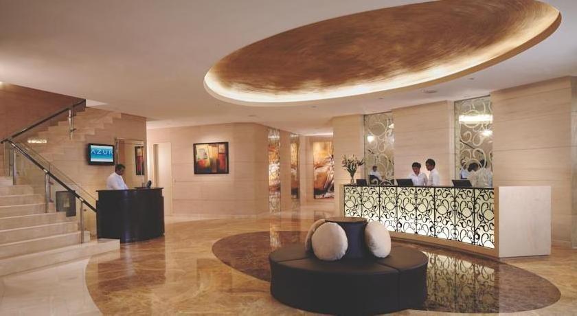 Traders Hotel Male by Shangri-La