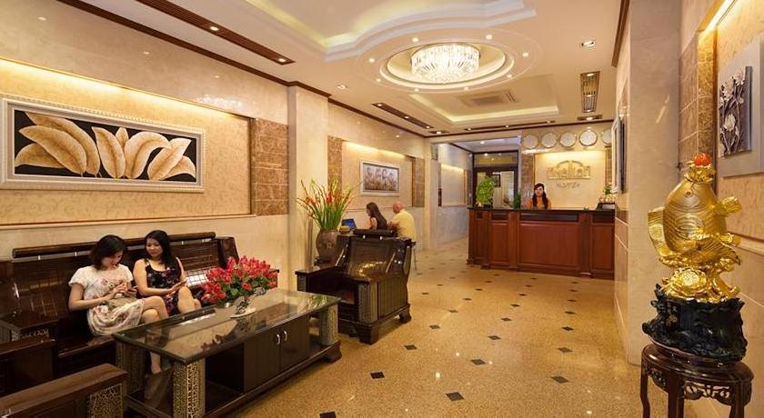 Nhat Tien Hotel