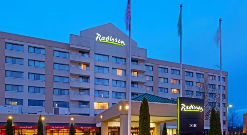 Radisson Hotel Gateway Seattle-Tacoma Airport