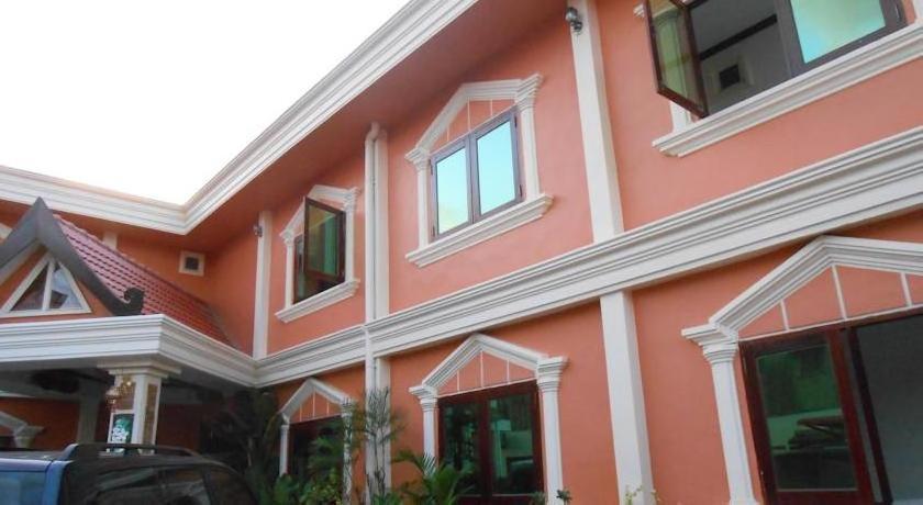 Khamsaner Hotel