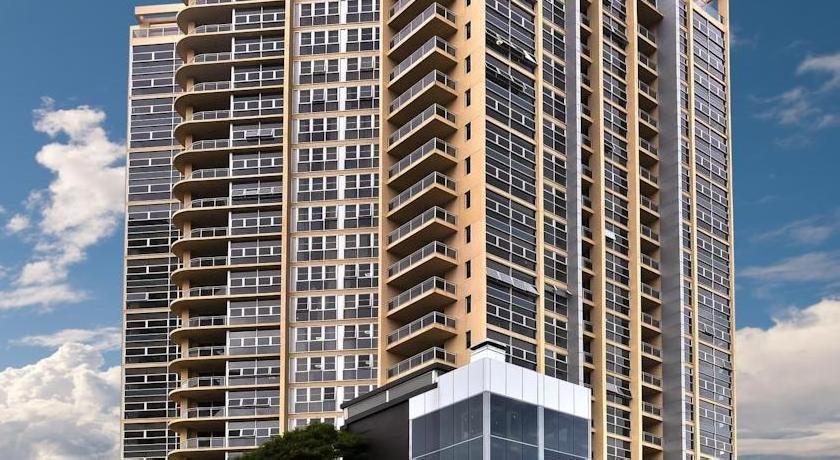 Meriton Serviced Apartments - Bondi Junction