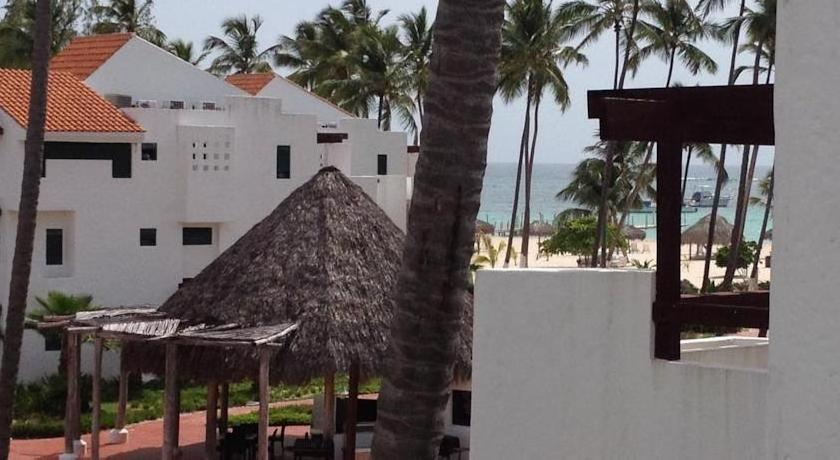Stanza Mare 2 Bedroom Beachfront Condo
