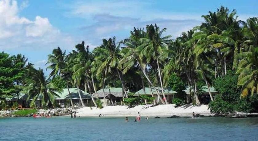 Le Uaina Beach Resort