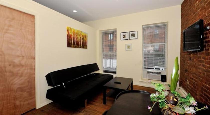 Apartments Midtown West Economy 3000