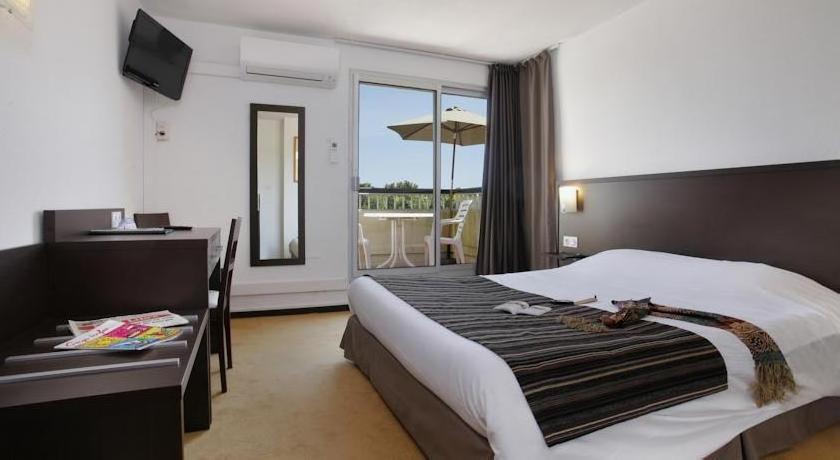 Hotel Opal Centre Port