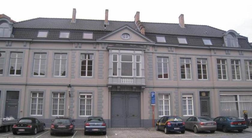 Apartments House of Seasons