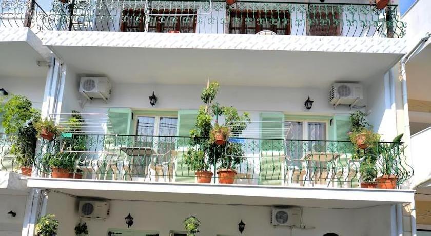 Aiolos House