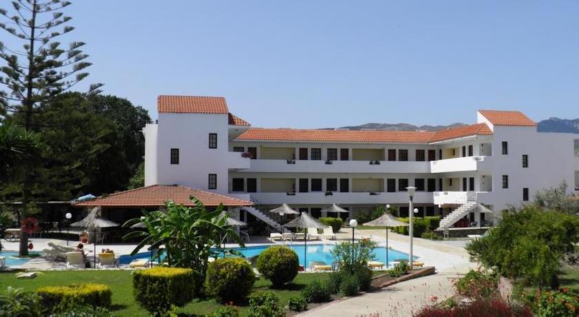 Theatraki Apartments