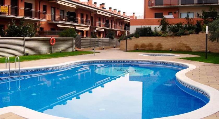 Apartamentos Cala Bohadella Fenals