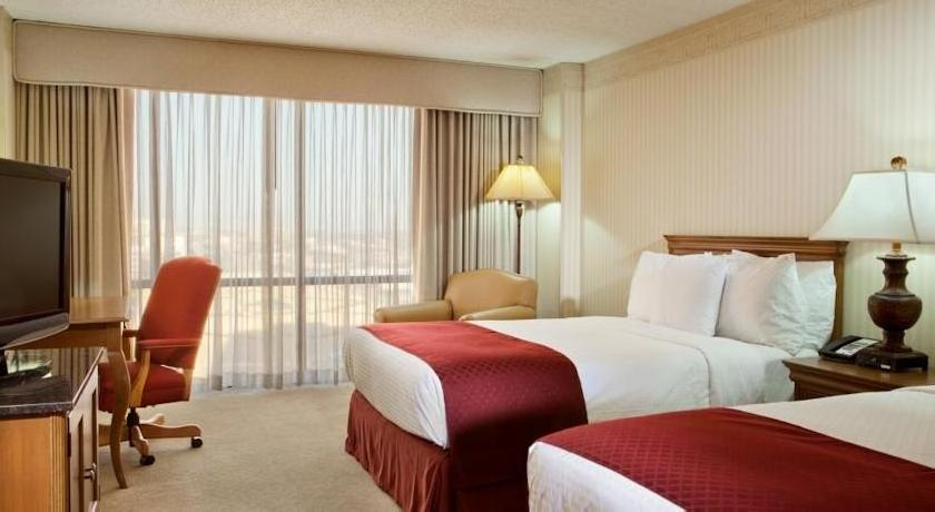 DoubleTree by Hilton Hotel Dallas Campbell Centre