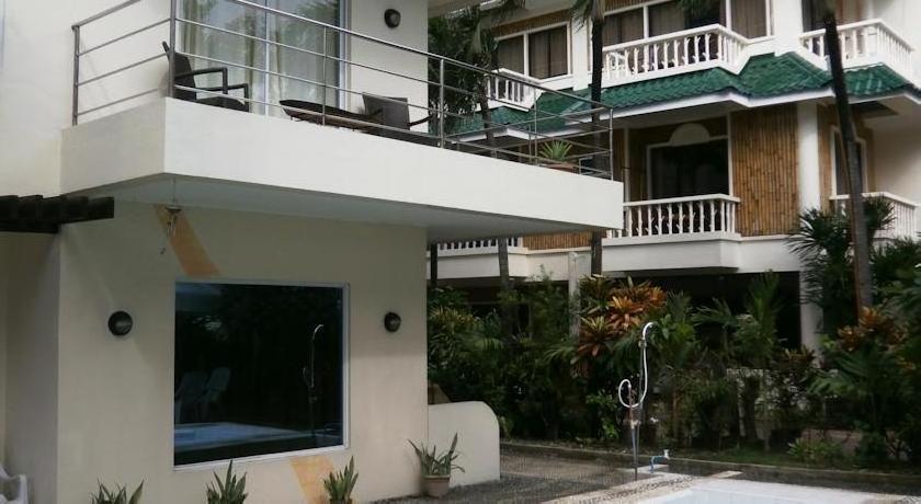 Beachcomber Resort - Boracay