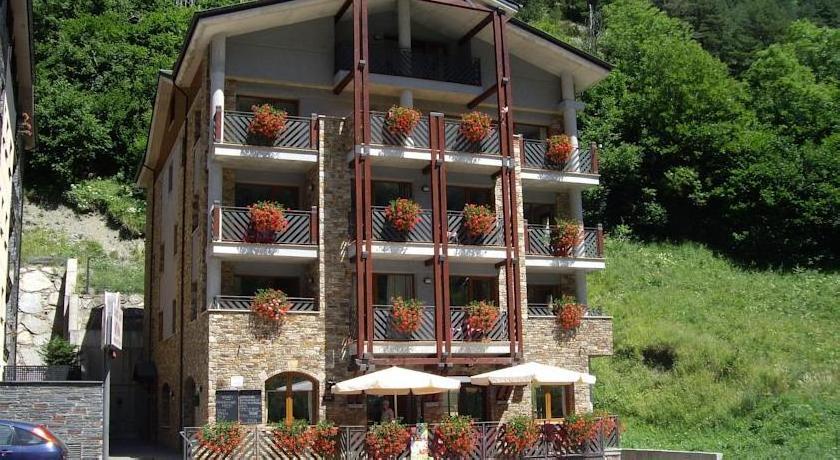 Apartaments Turistics Sant Roma