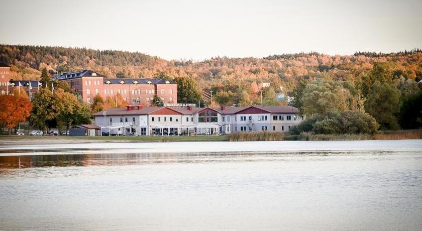 A6 Hotel & Hostel