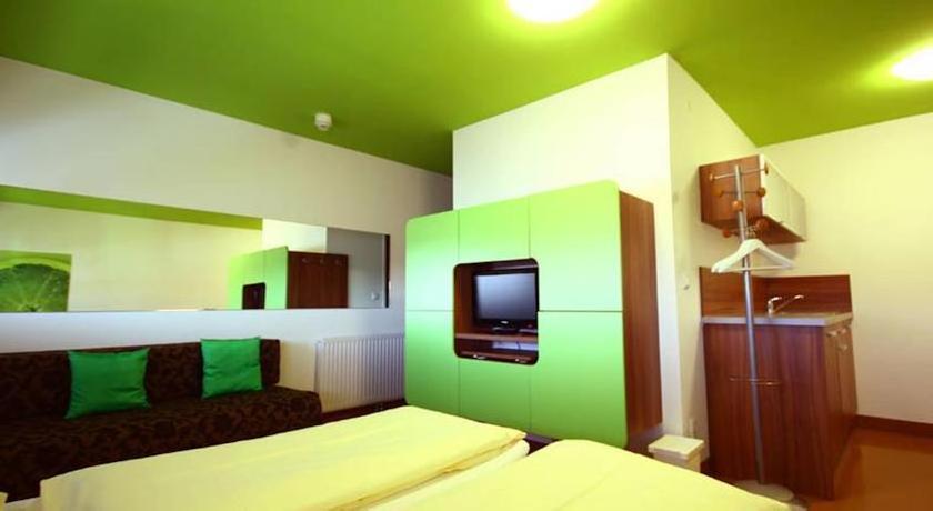 Greenrooms