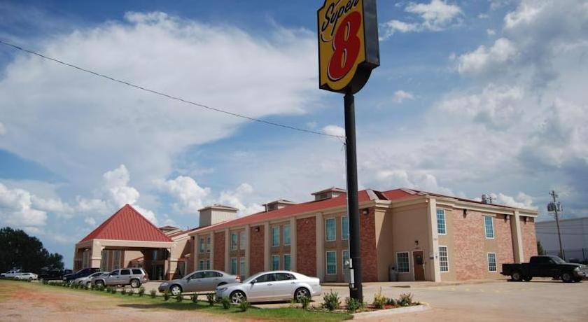 Super 8 Oklahoma City