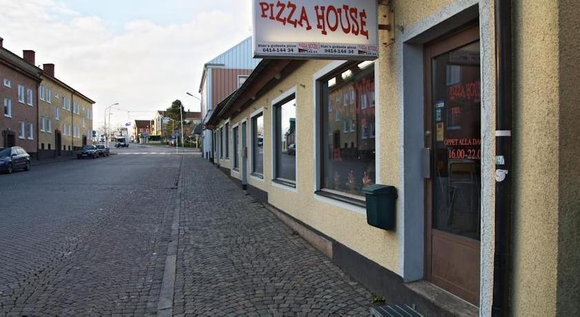 Pizza House Bed & Breakfast Simrishamn