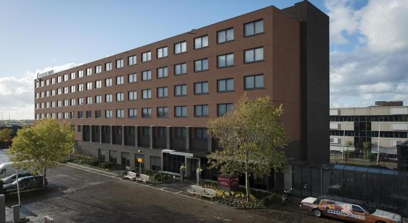 Bastion Deluxe Hotel Amsterdam Airport