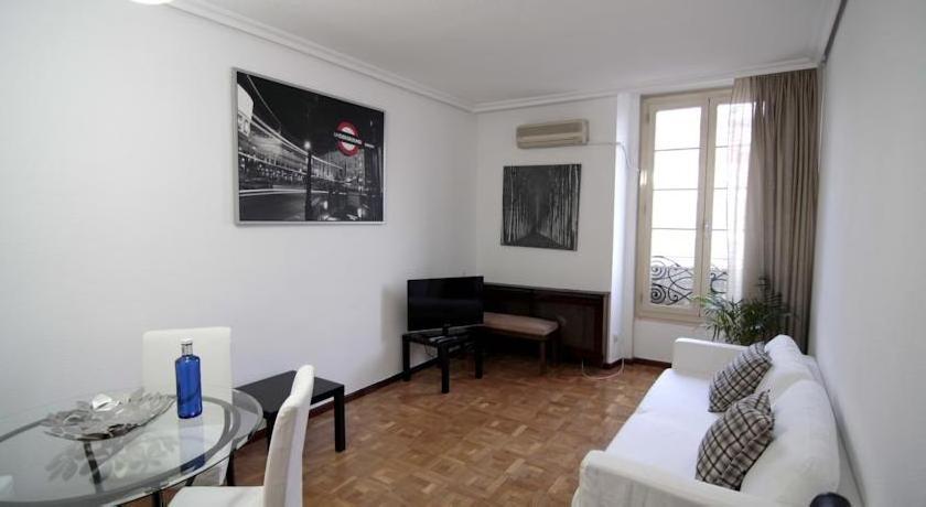 Aparsol Apartments