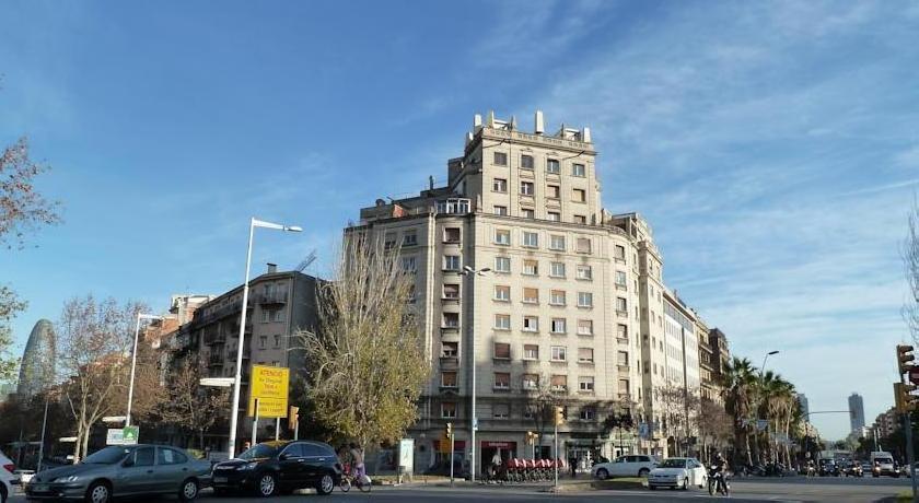 Charming Sagrada Familia Apartments
