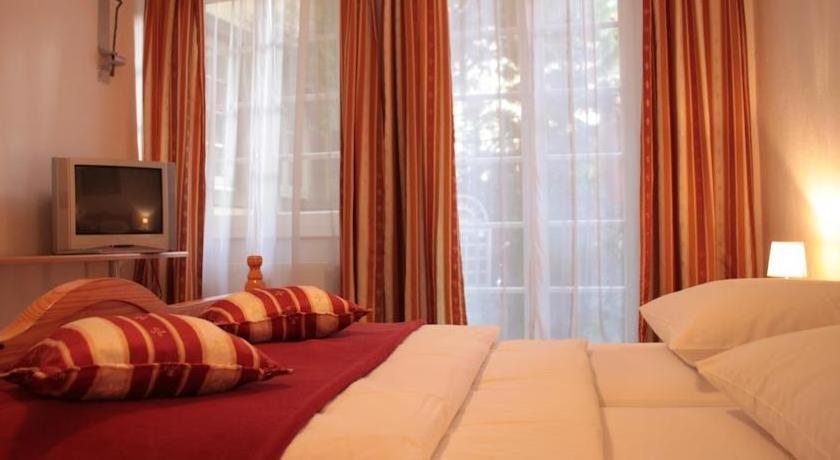 Altstadthotel und Apartments Hayk