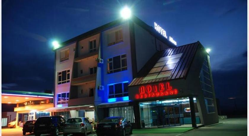 Albes Hotel