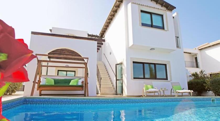 Villa Yvonne