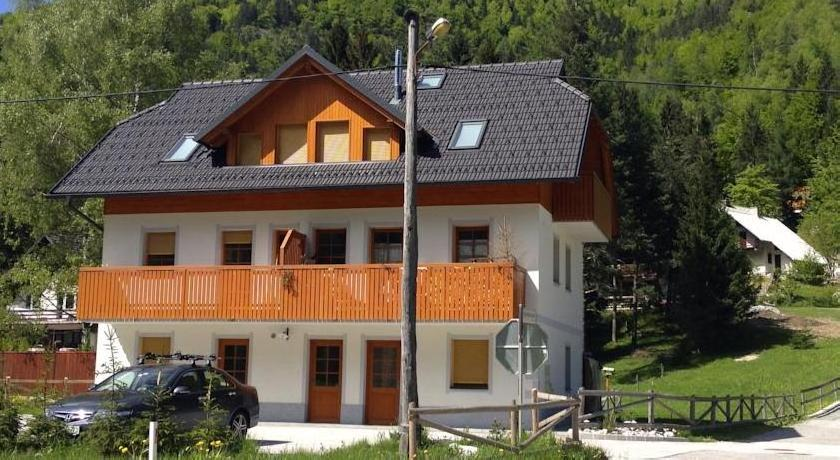 Apartment Brina