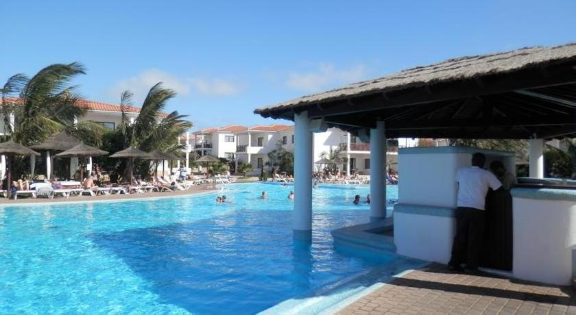 Tortuga Beach Resort Apartments