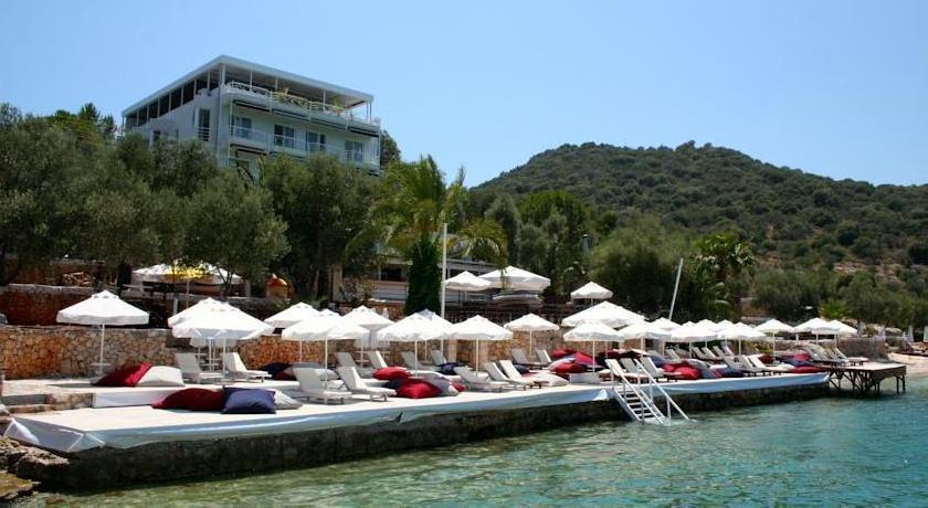 La Moda Beach Hotel
