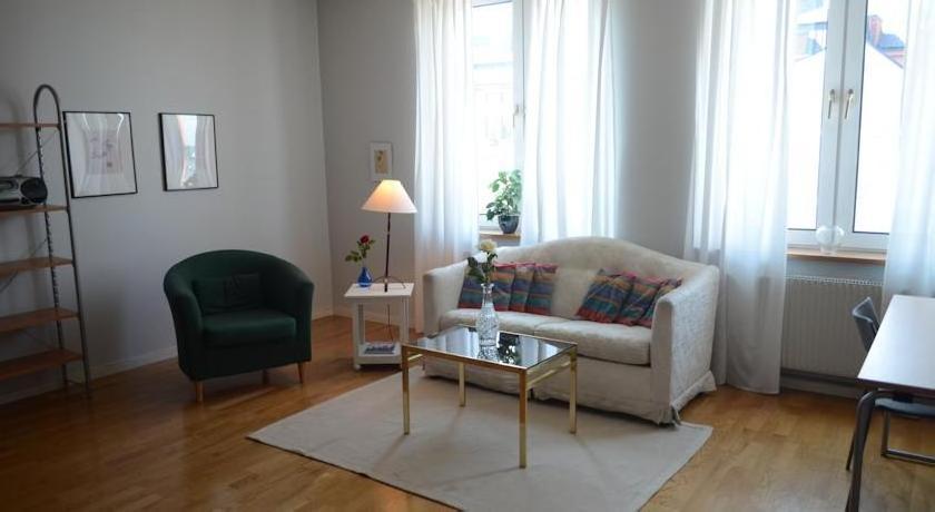 Eklanda Apartment near Skeppsbron