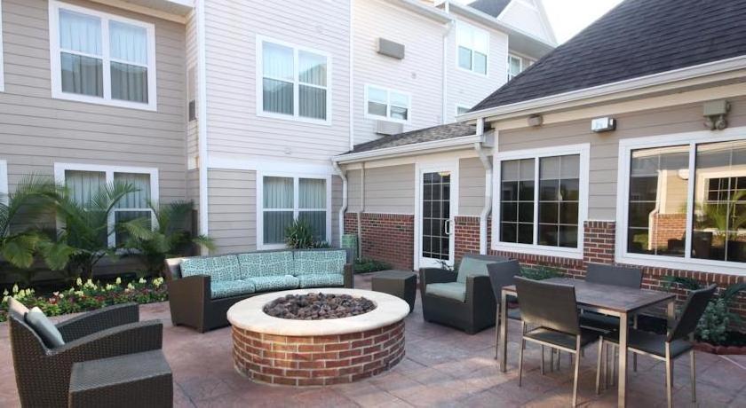 Residence Inn Houston Northwest / Willowbrook