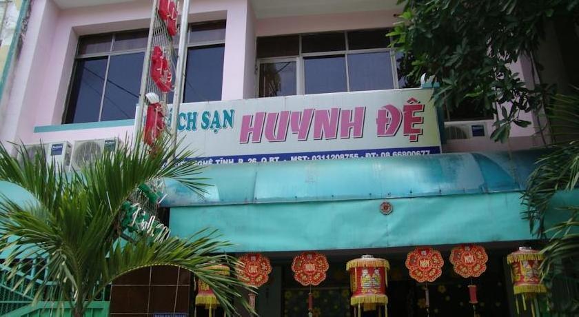 Huynh De Hotel