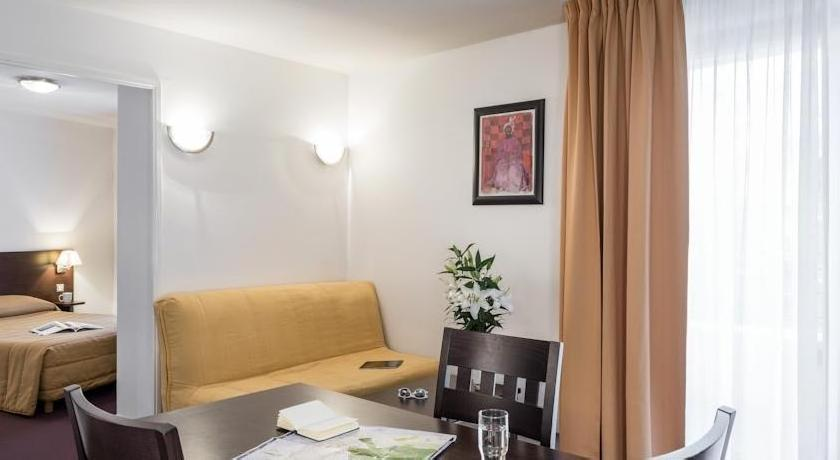 Adagio Access Paris Clamart