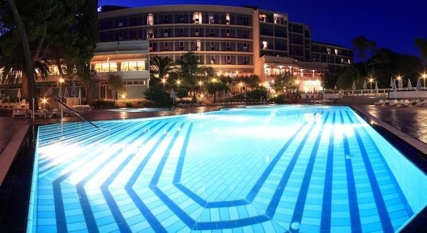 All Inclusive - Grand Hotel Orebic
