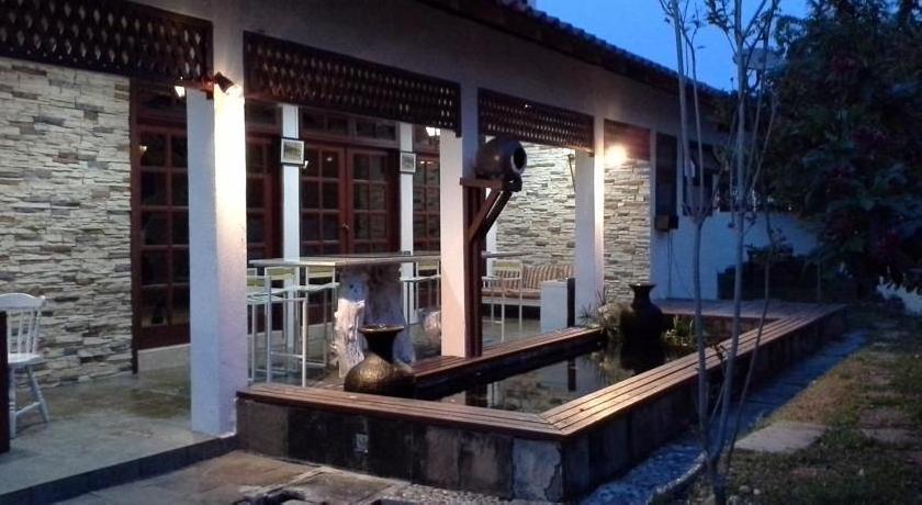 Baan Talay Homestay