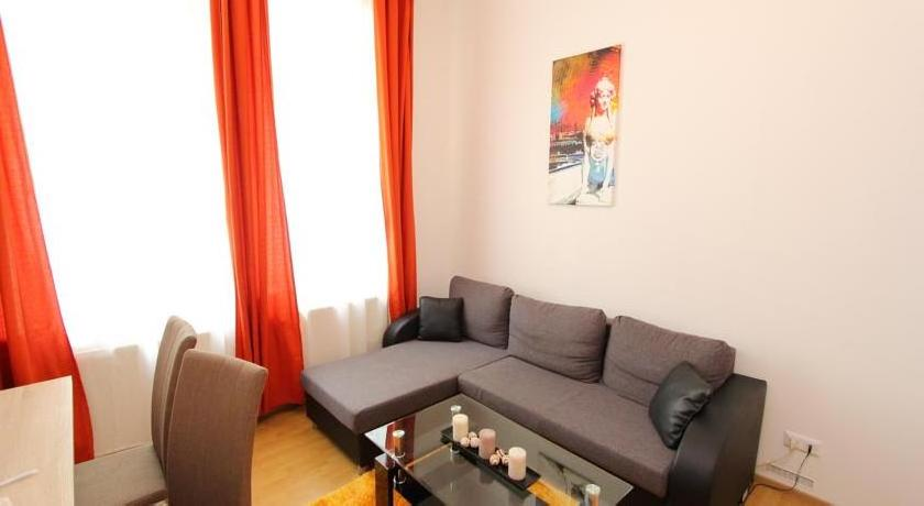Edelhof Apartments