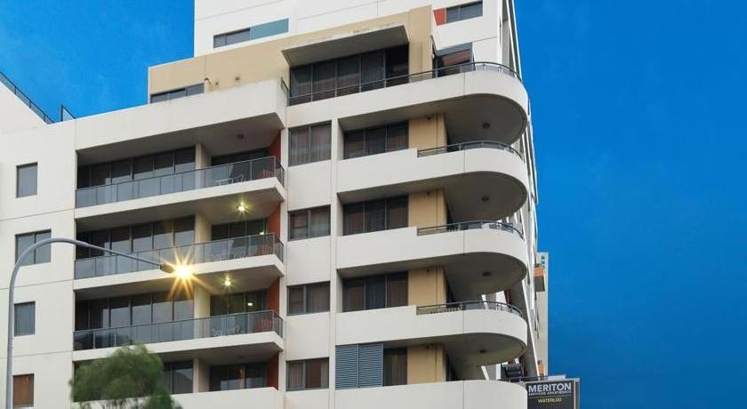 Meriton Serviced Apartments - Danks Street, Waterloo