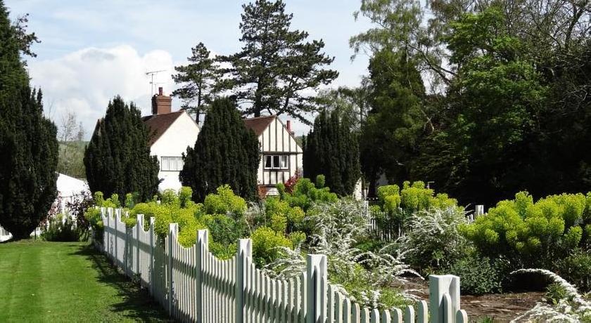 Hayne Barn House
