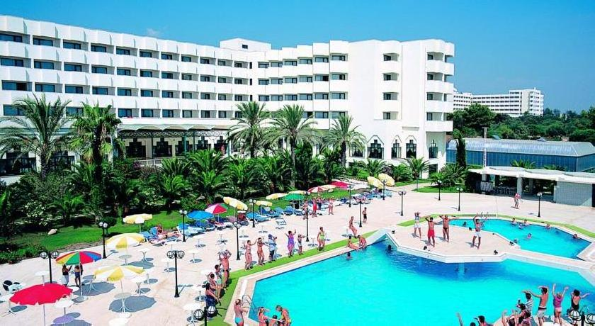 Sural Saray Hotel