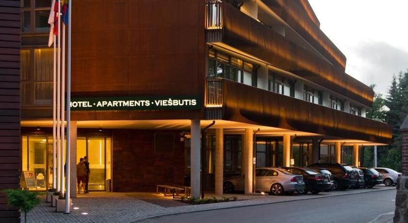 Amberton Green Apartments Hotel