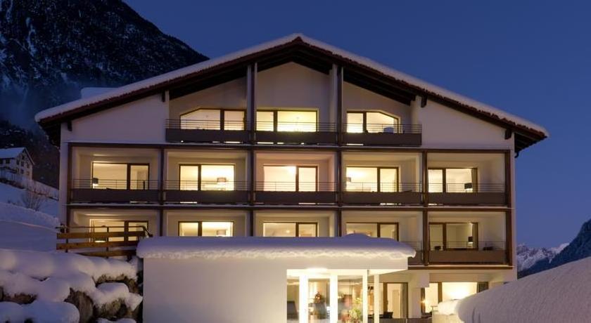 Hotel Valschena - Restaurant Brandnerhof